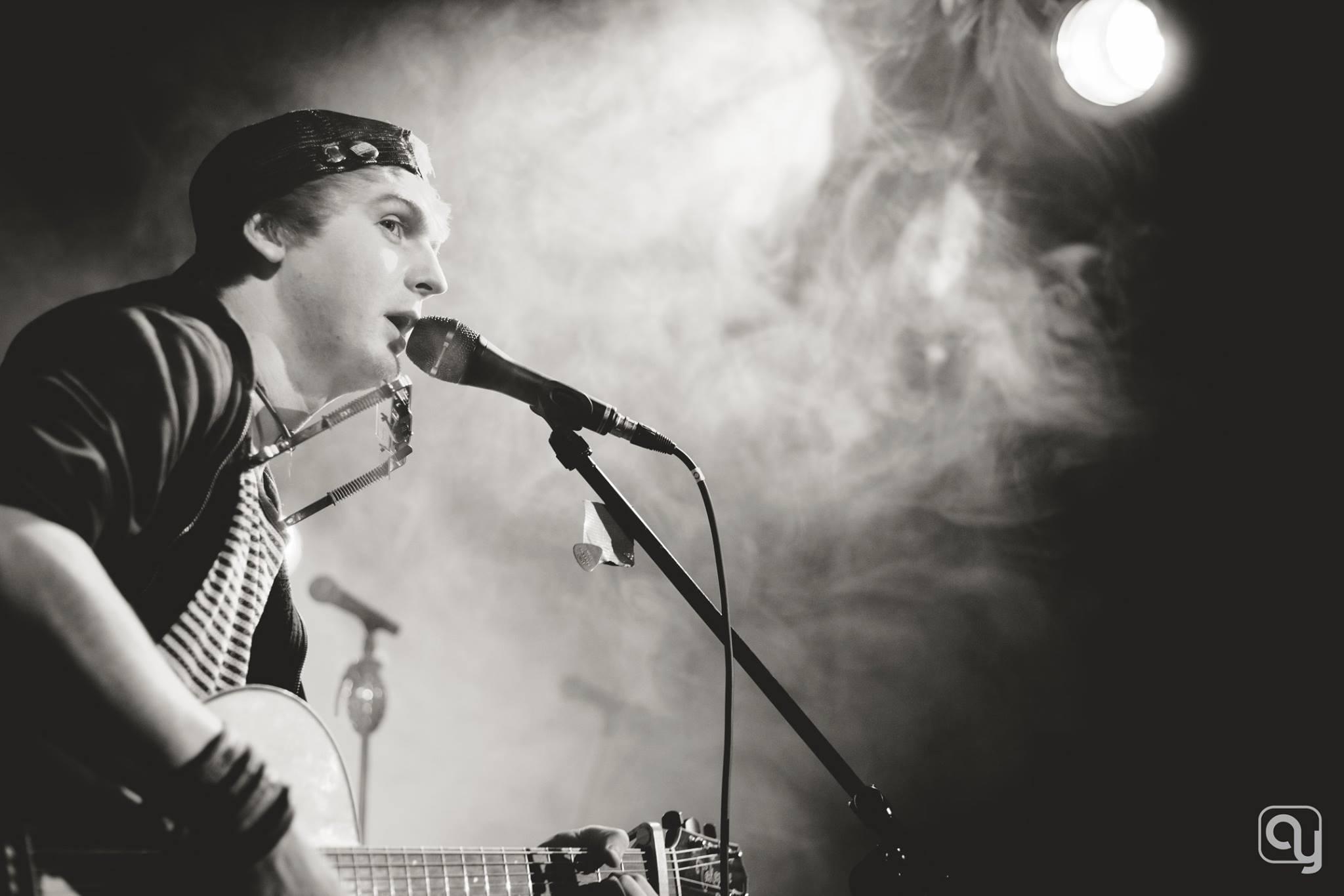 Mittwochs-Live-Bühne: Remo Devago